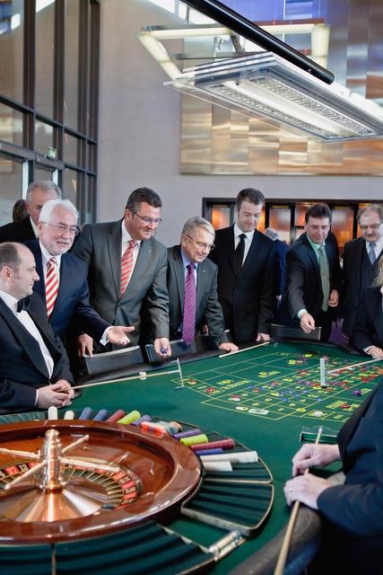 Casino feuchtwangen gambling ring busted