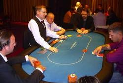 Aktion am Final-Table und beim Cash-Game
