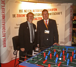 Max-H. Krumme und Dirk Lamprecht am Entertainmentstand in Norderstedt