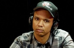 Phil Ivey (Bildquelle: PokerNews.com)
