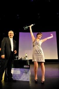 Die glückliche Siegerin. (Foto: Milco Merk (Holland))