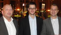Links Sascha Pleier (2), in der Mitte der glückliche Sieger, rechts Arne Sponholtz (3)
