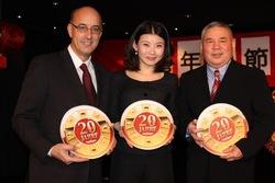 Casinodirektor Kurt Steger mit Organisatorin Vivian und dem Vizepräsidenten der Chinesisch-Österr. Gesellschaft, Herr Xian.