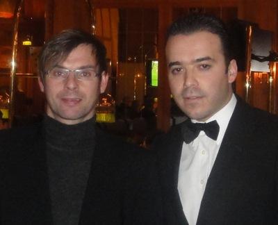 Der Zweitplatzierte Tobias Frey mit dem Turnierleiter