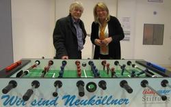 Bernhard Eber und Christina Bosch, Organisatorin des Fußballturniers.