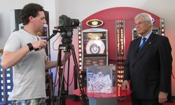 Geschäftsführer Wolfram Seiffert bei den Filmaufnahmen.