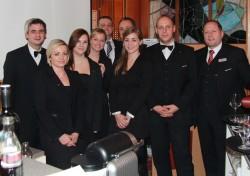 Das Mitarbeiterteam des Casino Graz bedankt sich bei allen Teilnehmern der ersten Poker Charity für die Spenden in Höhe von € 5.300,-. (Fotorechte: Casino Graz)