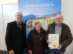 Annemarie und Ignaz-Josef Weberberger – links im Bild: Hr. Dir. Ralf Item/Spielbank Bad Reichenhall
