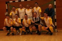 """Das Team """"Deutsche Automatenwirtschaft"""" siegte beim 10. Benefiz-Hallenfußball-Turnier im Deutschen Bundestag."""