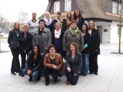 Start der Filialleiterausbildung für 14 Mitarbeiterinnen.