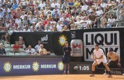 Erfolgreich unter der Merkur-Sonne: Tommy Haas hat sein Auftaktmatch beim MercedesCup 2013 gewonnen.