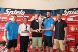 Freuen sich gemeinsam auf den Casino-Merkur-Spielothek-Cup 2013: Dirk Beuchler, Armin Gauselmann, Jens Vortmann, Jens Schöngarth und Aaron Ziercke