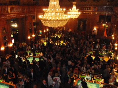Full House in Poker-Town