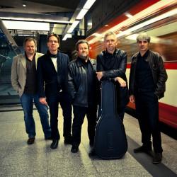 Rocken am 26. Oktober den Club 2HUNDERT: die Central Park Band Foto: Moritz Schwertner