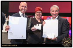 Freuen sich über den IAA Effie Award: Dr. Bernd Wollmann, Leiter Marketing New Media Casinos Austria, Katharina Gürtler, Online Marketing & Social Media Managerin Casinos  Austria, Mag. Andreas Cieslar, Marketingleiter Casinos Austria (Foto: K. Schiffl)