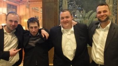 Heiko Throm (2. von links) und seine Freunde