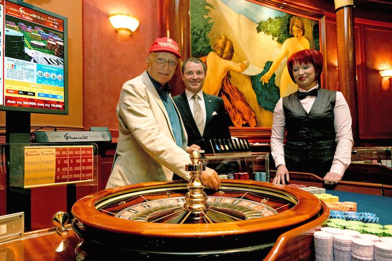 Gambling den synonym