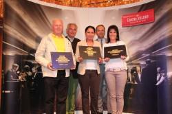 Foto v.l.n.r.: Manfred Trasitschker, Dr. Wilhelm Gorton, Tamara Nedizavec, Casinodirektor Mag. Othmar Resch, Petra Frankl Bildhinweis: Casino Velden