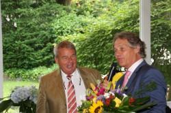 Uwe Lücker und BA-Präsident Andy Meindl.