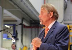 In seiner Begrüßungsrede sprach Unternehmensgründer Paul Gauselmann allen am Bauprojekt Beteiligten seinen Dank aus.