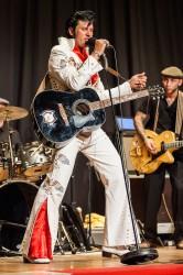 "Chris Kaye ""the Illusion of Elvis"""