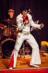 "Chris Kaye  ""The Illusion of Elvis"". (Foto: Simone Attisani Photography)"