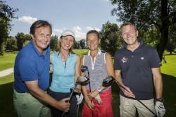 Ausgelassene Stimmung am Golfplatz mit Oliver Kitz, Ruth Kamml, Birgit Meixner und Christian Szentivanyi (v.l.n.r.).