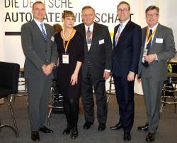 Von links nach rechts: Michael Wardemann (DAV), Christine Kroke (Deutsche Automatenwirtschaft), Georg Stecker (Vorstandsprecher Deutsche Automatenwirtschaft), Mario Hoffmeister (Gauselmann) und Dirk Lamprecht (AWI).