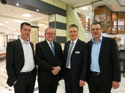 Produktmanager Matthias Varivoda, Sprecher der Gesellschafter Ulrich Schmidt, Geschäftsführer Lars Rogge, Vertriebsmitarbeiter René Polzin
