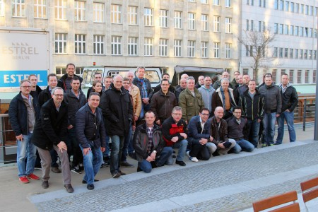 Gruppenfoto der Kunden und des Bally Wulff Serviceteams.