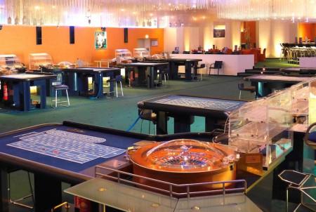 Wer noch einmal die geschichtsträchtige Atmosphäre in den Spielbank-Sälen im Neuen Kurhaus erleben möchte, hat nur noch bis Ende Mai Zeit. (Foto: WestSpiel)