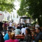 Vor der Außenbühne der Spielbank herrschte rauschende Volksfest-Atmosphäre. (Foto: Fotocruz)