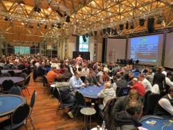 Das 10. WSPT-Finale 2015 findet in der Spielbank Hohensyburg statt, und der Festsaal wird zum großen Pokerfloor. (Foto: WestSpiel)