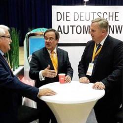 Von links nach rechts: Klaus Heinen (AWI), Armin Laschet (Fraktionsvorsitzender CDU NRW, Landesvorsitzender CDU NRW) und Georg Stecker (DAW-Vorstandssprecher).