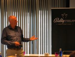 Vortrag durch Willem Korteweg
