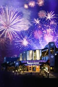 """""""Silvestival"""" in Dortmund – die Spielbank Hohensyburg zündet in der längsten Nacht des Jahres ein wahres Event- und Party-Feuerwerk. (Foto: WestSpiel)"""