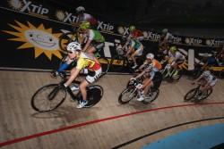 """Mit ihren Marken """"Die Spielemacher Gauselmann"""" und """"XTiP"""" war die Gauselmann Gruppe als Sponsor der traditionellen Radsportveranstaltung """"Sixdays"""" in der Bremer ÖVB-Arena prominent platziert. (Foto: SN- Event & Sport Nord, Michael Heckel)"""