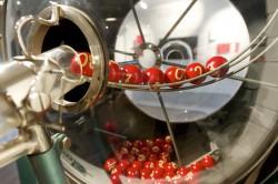 Ziehungstrommel im Lotto-Museum.