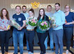 Nadja Beer (Leitung Personal) sowie Anna Wieschues und Christian Köhler (beide Personalabteilung) gratulierten Linda Odink, Stephanie Lonsing und Lukas Kettermann.