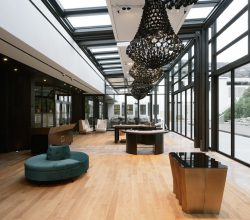 Der neu errichtete Glas-Pavillon. (Foto: Dirk Altenkirch)