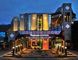"""Auf in die """"Golden Twenties"""" – Am Samstag steigt die Party des Jahres in der Spielbank Hohensyburg! (Foto: WestSpiel)"""