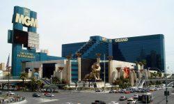 Das MGM Grand Hotel mit seinem Markenzeichen Leo dem Löwen über dem Haupteingang. (Foto: Bobak Ha'Eri / CC BY 3.0)