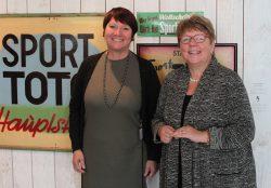 Elvira Menzer-Haasis, neue Präsidentin des Landessportverbandes Baden-Württemberg (l.) und Lotto-Geschäftsführerin Marion Caspers-Merk