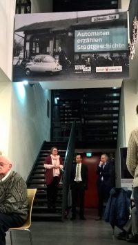 Christel Droste, Sascha Wömpener und Frank Haberbosch (v.l.) in der Mediothek.