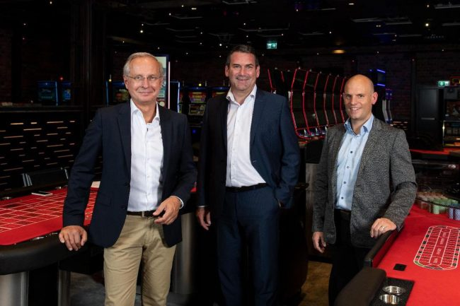 Siap untuk pergi di Balzers (dari kiri): Casino 96 Direktur Christian Aumüller, Ketua Dewan Direktur Dr.  Martin Meyer dan Wakil Direktur Pelaksana Thomas Banzer.  (Foto: Michael Zanghellini)