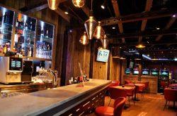 Casino 96: Bar und Bistro.