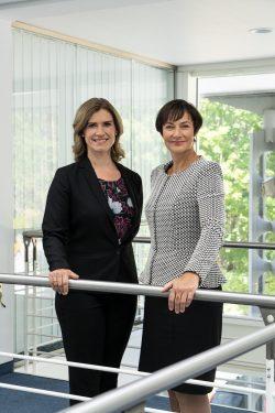 Kerstin Kosanke und Anja Bohms, Geschäftsführerinnen der LAND BRANDENBURG LOTTO GmbH (© Lotto Brandenburg)