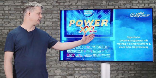 Dr. Guido Büttner, Leiter Entwicklung bei der Vorstellung des Spielepakets PRIME POWER XXL