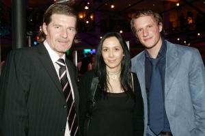 v.l.n.r. Profi-Fußballer Christian Stumpf mit Frau<br>Petra, Starmaniac Boris Uran