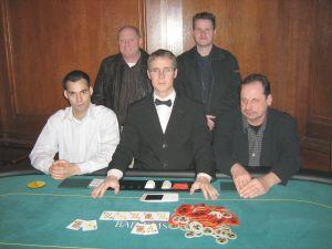 V.l.n.r. Nimai Conrad, Heinz Nehren, Dealer David Klein,<br>Andreas Babilon, Dieter Raetz